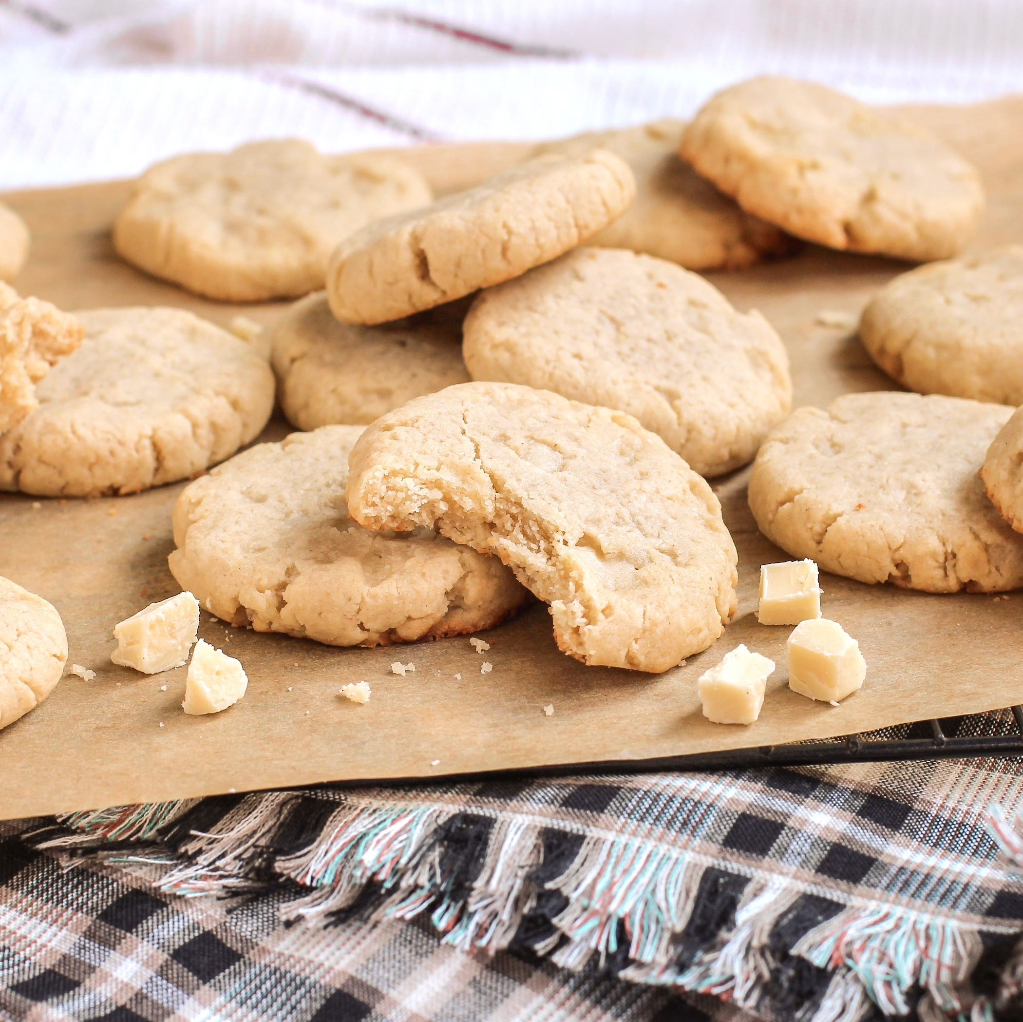 Healthy White Chocolate Macadamia Cookies - Desserts With Benefits