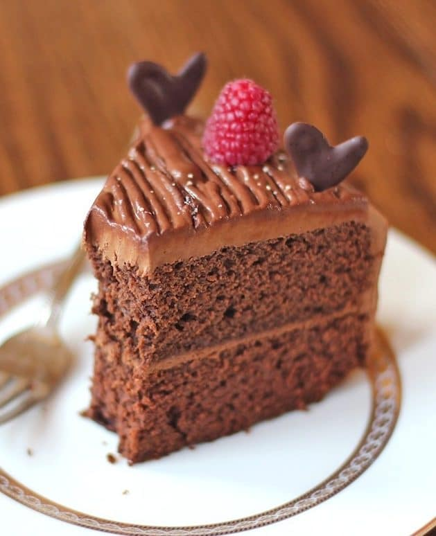 Healthy Quintuple Chocolate Cake: Chocolate Cake with Chocolate Frosting and Chocolate Ganache