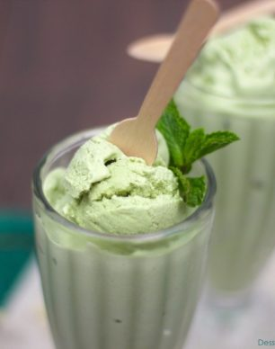 Healthy Matcha Green Tea Ice Cream - Healthy Dessert Recipes at Desserts with Benefits