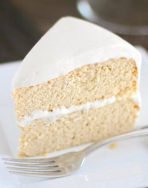 Healthy Low Carb and Gluten Free Vanilla Cake with Vanilla Bean Cream Cheese Frosting - Healthy Dessert Recipes at Desserts with Benefits