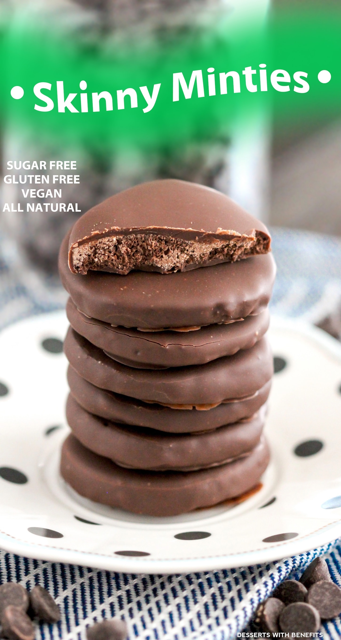 Girl Scout cookies are here so why not try healthy versions instead? These Homemade Thin Mints are better for you, yet taste just like the original! (all natural, refined sugar free, gluten free, vegan) - Healthy Dessert Recipes at the Desserts With Benefits Blog