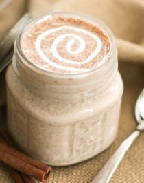 Healthy Cinnamon Roll Overnight Dessert Oats (sugar free, high protein, high fiber, gluten free) - Healthy Dessert Recipes at Desserts with Benefits