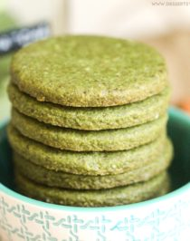 Healthy Matcha Green Tea Almond Shortbread Cookies recipe (refined sugar free, gluten free, dairy free, vegan) - Healthy Dessert Recipes at Desserts with Benefits