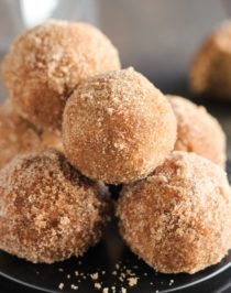 Healthy Baked Pumpkin Donut Holes