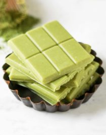 If you like matcha green tea and if you like white chocolate, combine the two and make this Matcha Green Tea White Chocolate! It's earthy from the matcha, yet sweet and delicious from the white chocolate.  This is the ultimate treat -- and it's secretly sugar free, low carb, and gluten free too!